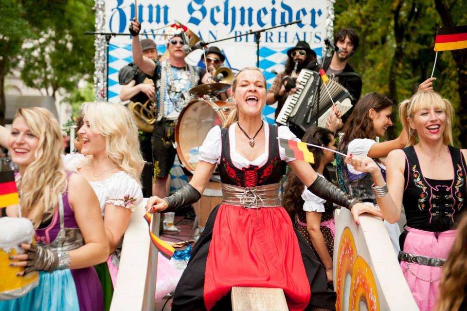zum-schneider-nyc-2013-steuben-parade-54.jpg