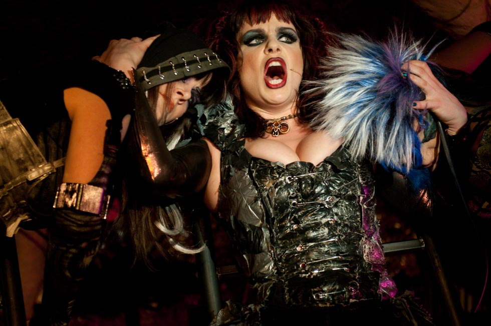zum-schneider-nyc-2012-karneval-apocalyptika-4578.jpg