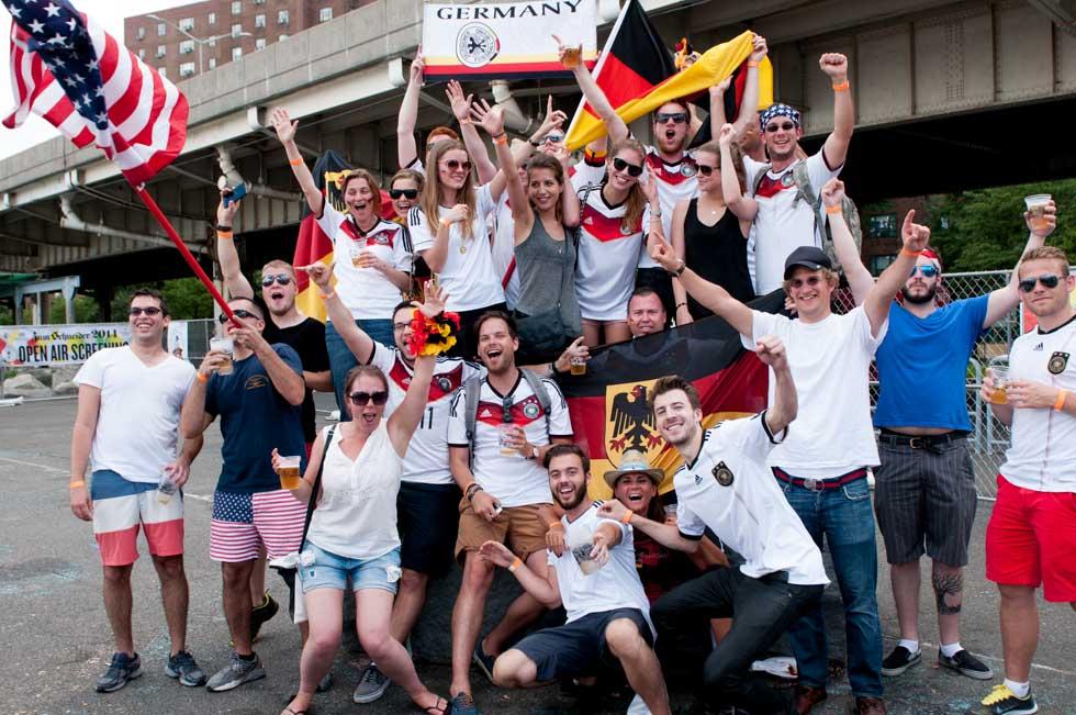 zum-schneider-nyc-2014-world-cup-germany-usa-0475.jpg