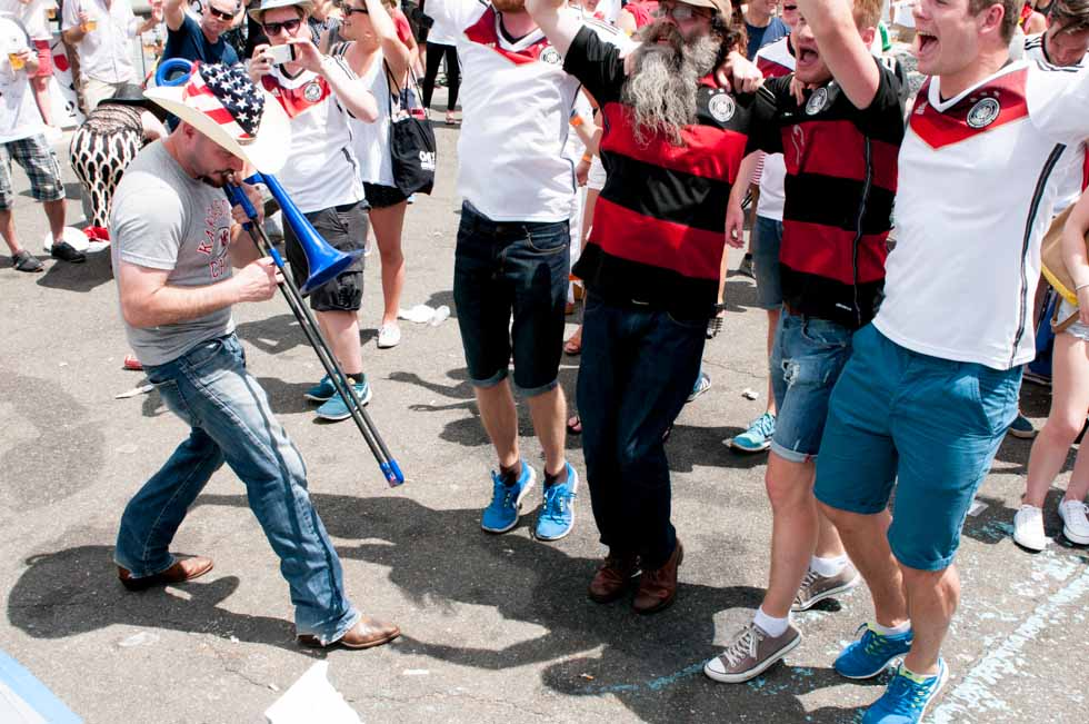 zum-schneider-nyc-2014-world-cup-germany-usa-0413.jpg