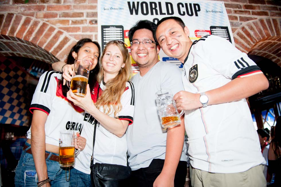 zum-schneider-nyc-2014-world-cup-germany-algeria-8838.jpg