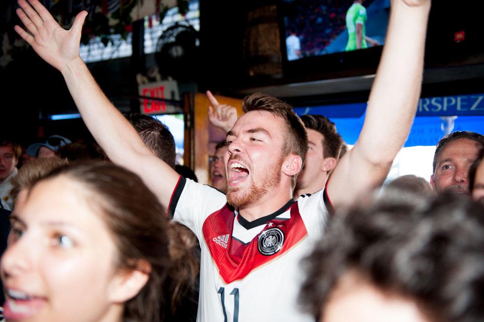 zum-schneider-nyc-2014-world-cup-germany-algeria-8871.jpg