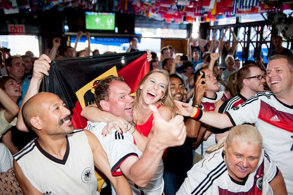 zum-schneider-nyc-2014-world-cup-germany-algeria-8935.jpg