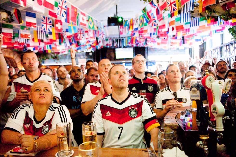 zum-schneider-nyc-2014-world-cup-germany-algeria-8957.jpg