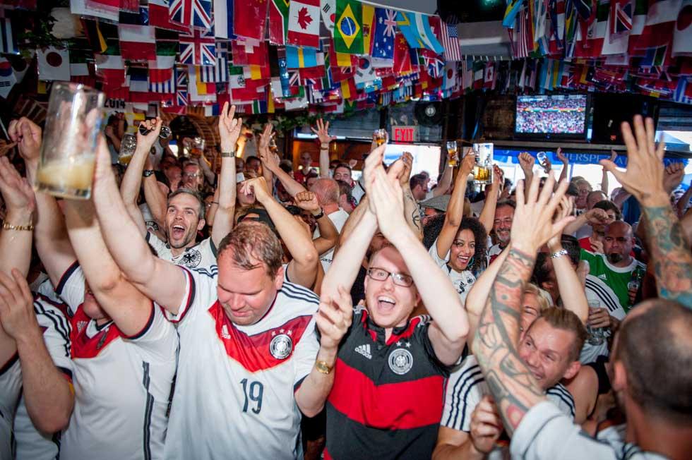 zum-schneider-nyc-2014-world-cup-germany-algeria-8993.jpg