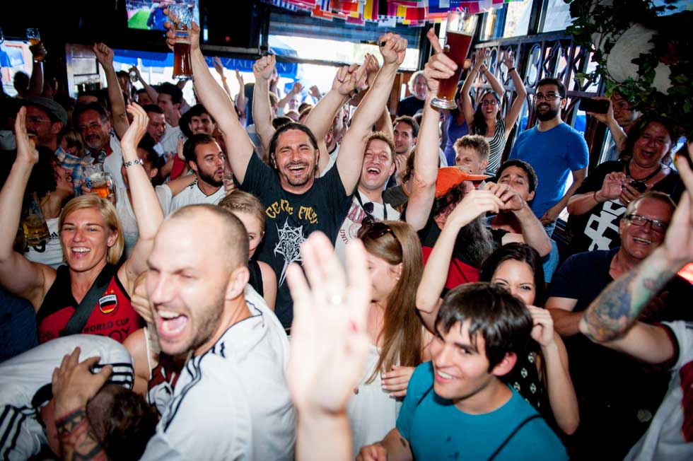 zum-schneider-nyc-2014-world-cup-germany-algeria-8995.jpg