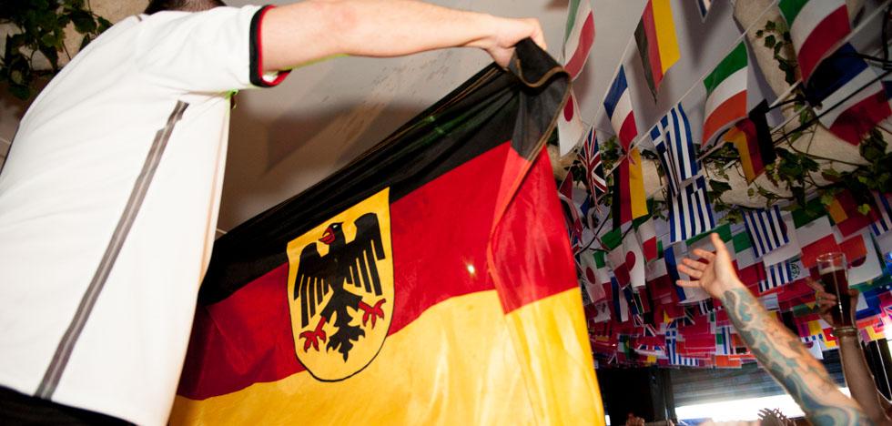 zum-schneider-nyc-2014-world-cup-germany-algeria-9007.jpg