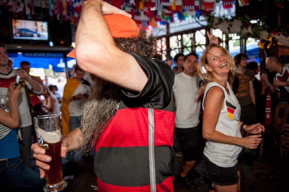 zum-schneider-nyc-2014-world-cup-germany-algeria-9046.jpg
