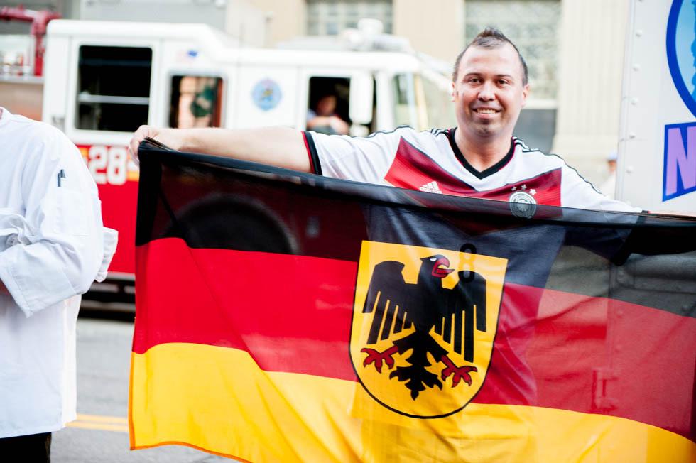 zum-schneider-nyc-2014-world-cup-germany-algeria-9066.jpg