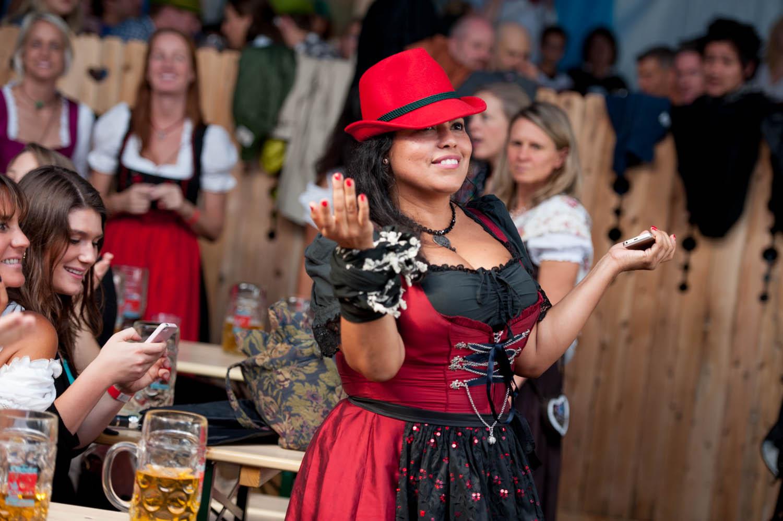 zum-schneider-nyc-2014-Oktoberfest-4533.jpg