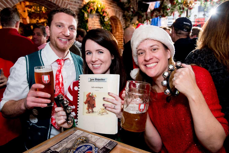 zum-schneider-nyc-2017-christmas-caroling-advent-singen-7060.jpg