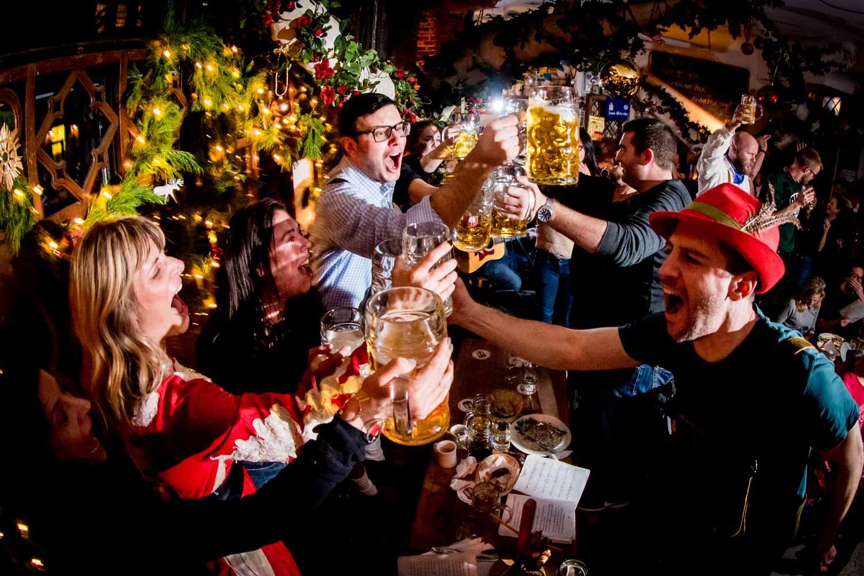 zum-schneider-nyc-2017-christmas-caroling-advent-singen-7318.jpg