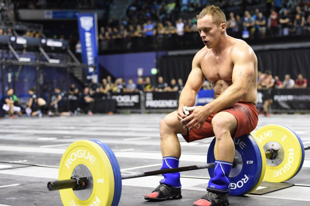 Try taking a deep belly breath while slouched. It doesn't work well, so you can imagine what poor posture does to breathing over the course of a day. (Thomas Campitelli/CrossFit Journal)