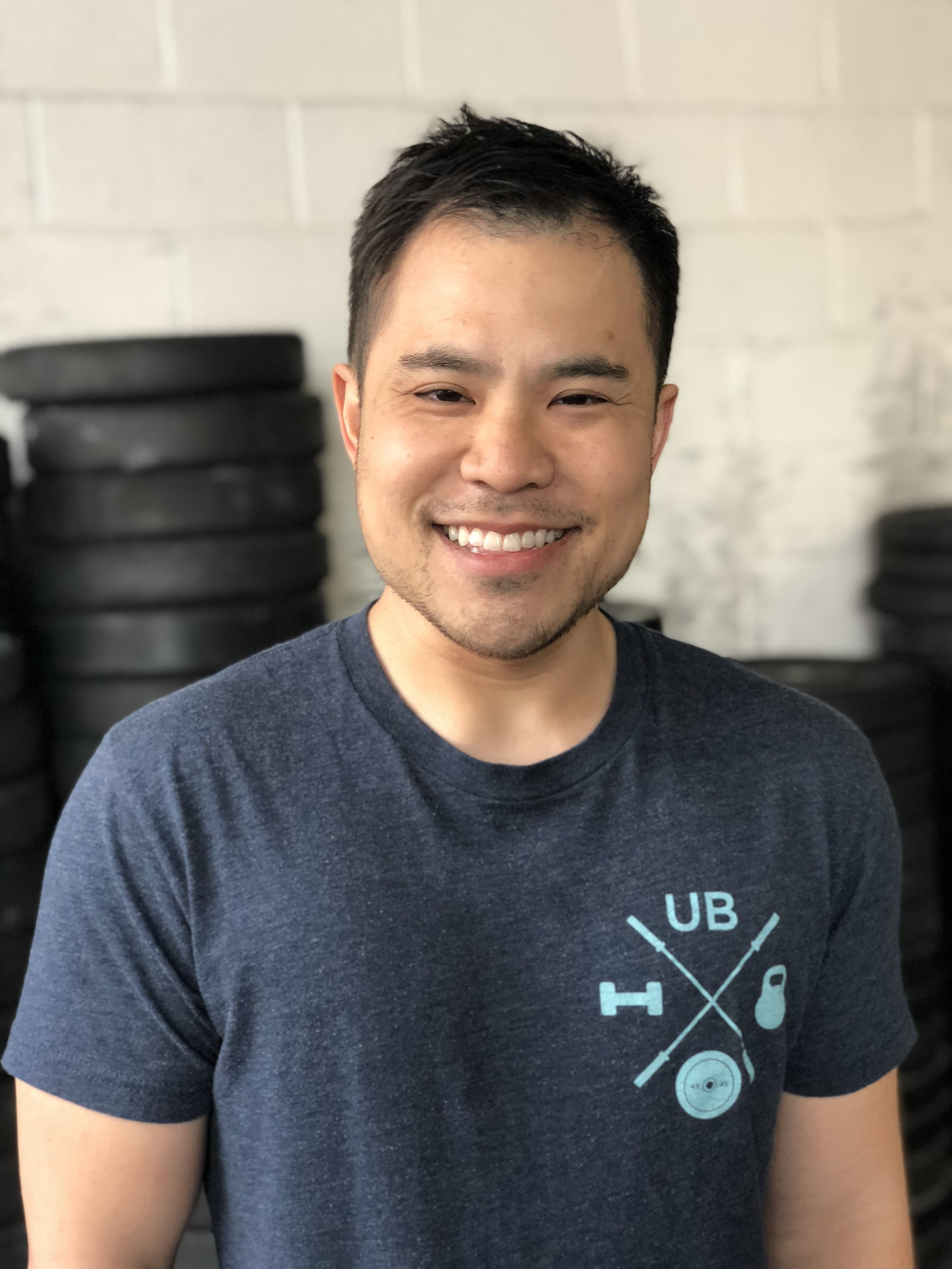 DAVE HUYNH   OLYMPIC WEIGHTLIFTING COACH