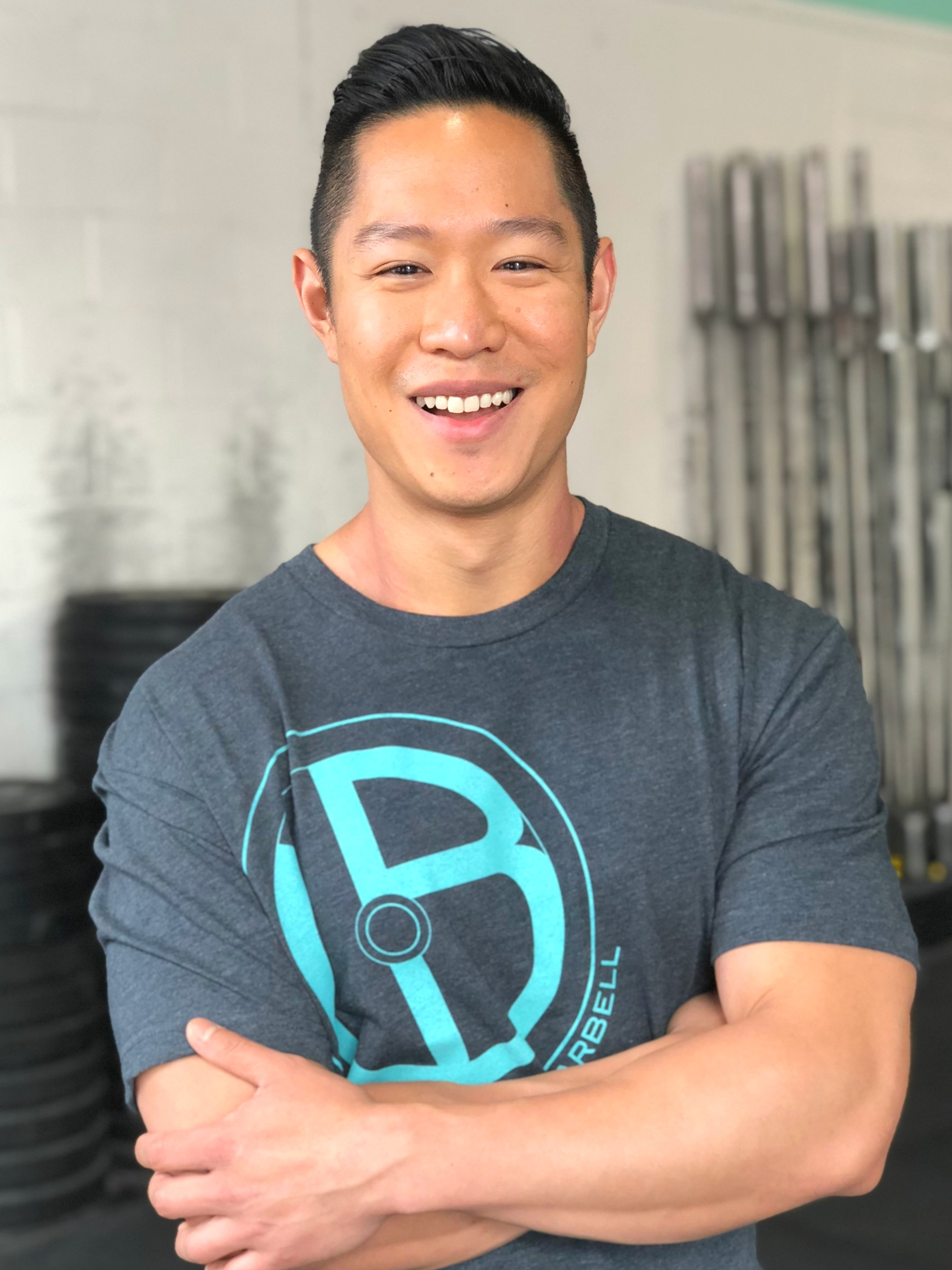 JONATHAN LY   CROSSFIT COACH