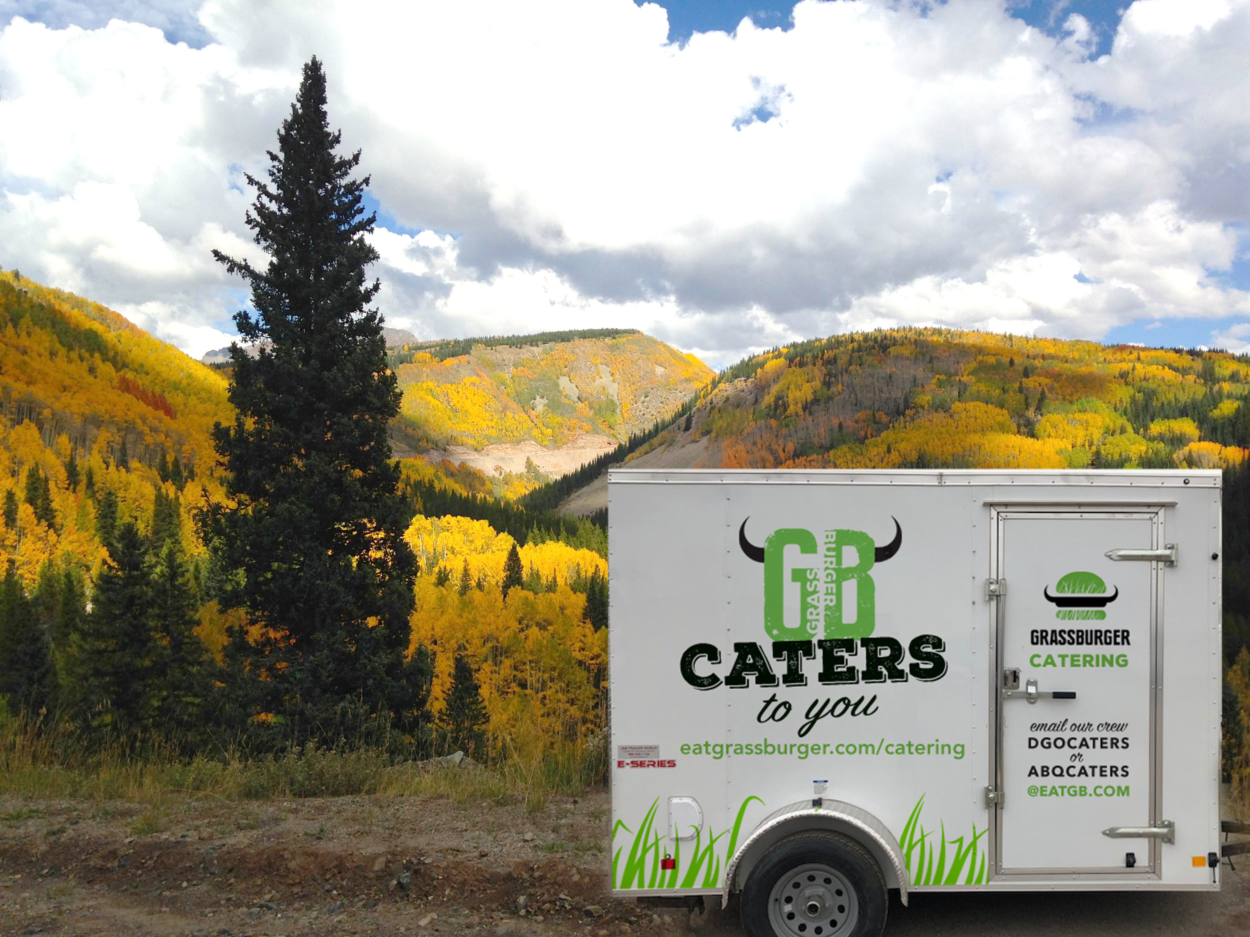 catering_trailer_mountains.jpg