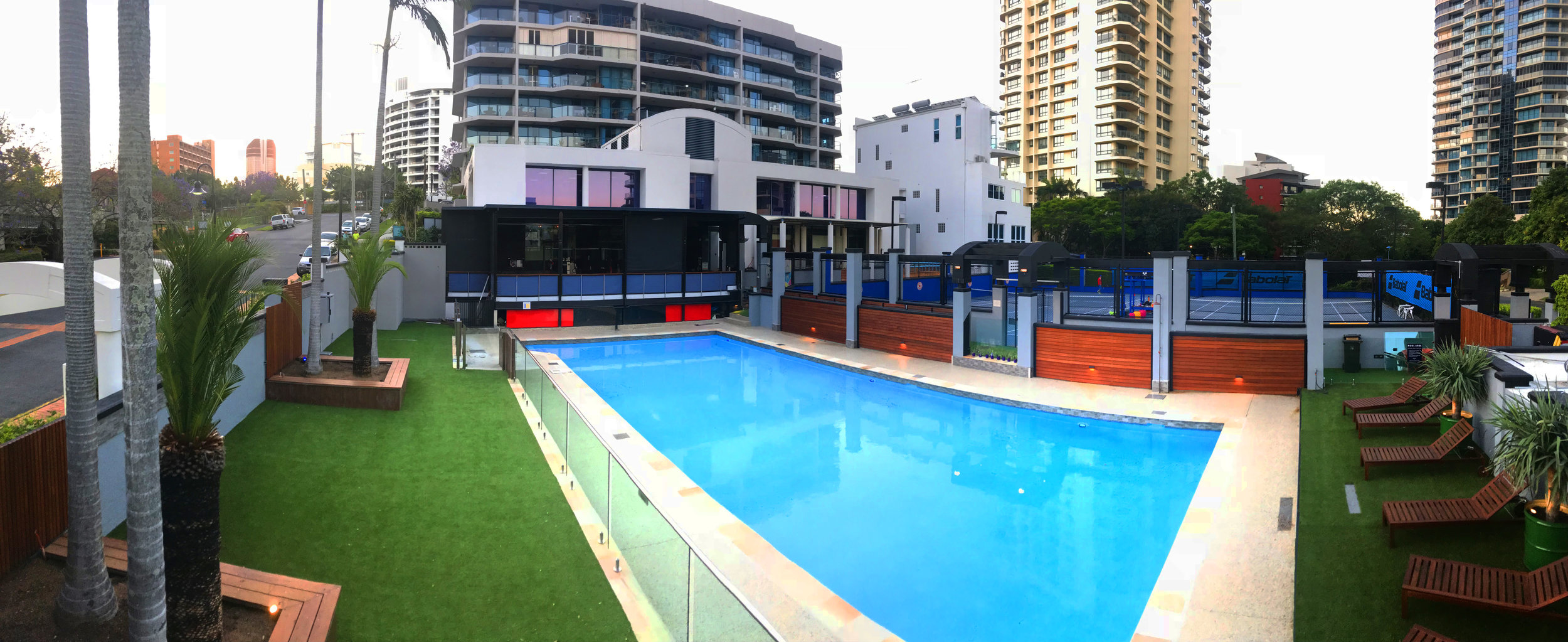 Pool and Lounge