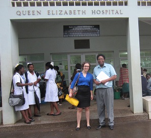 Katherine Kirsch, Sisu's CMO, with Dr. Cyril Goddia, Anesthesiologist and professor at the College of Medicine, at Queen Elizabeth Hospital in Blantyre, Malawi.