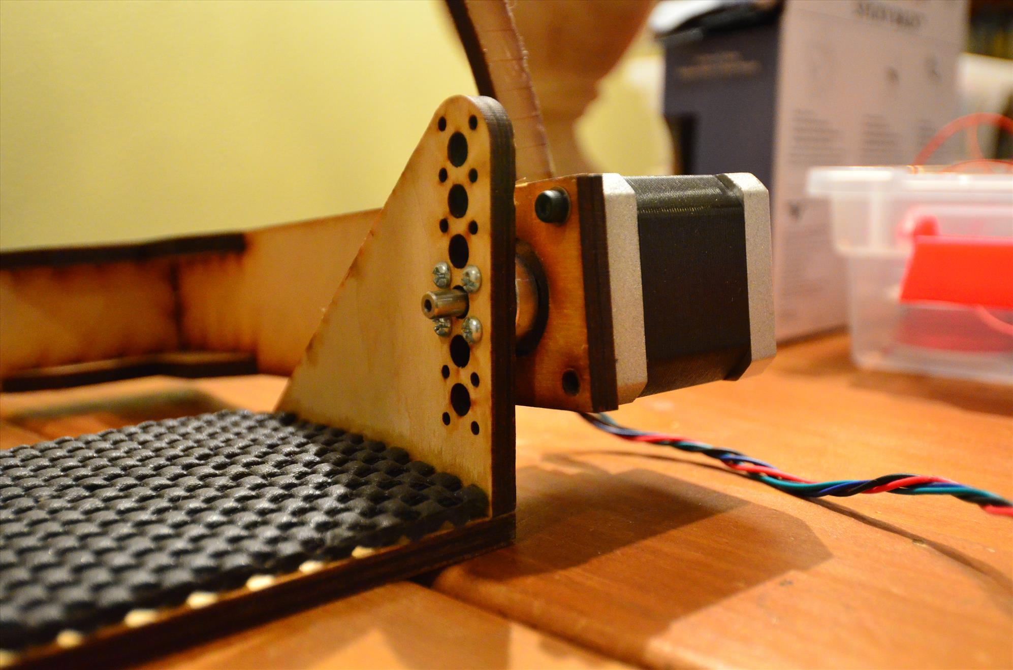 Pitch motor mount and camera platform