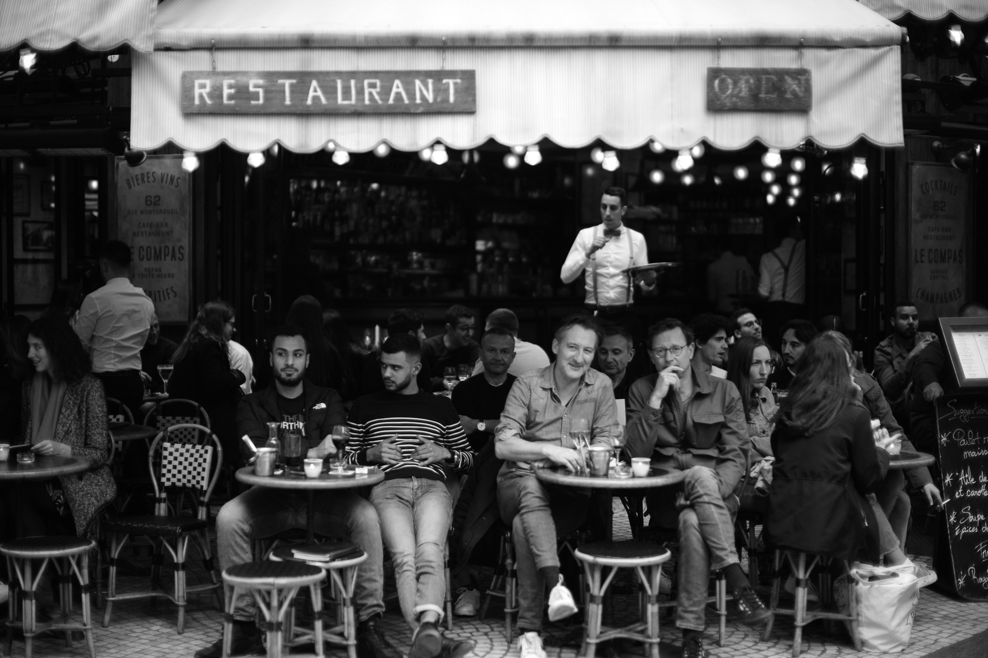 Rue Montorgueil © 2019 Jerry Yang