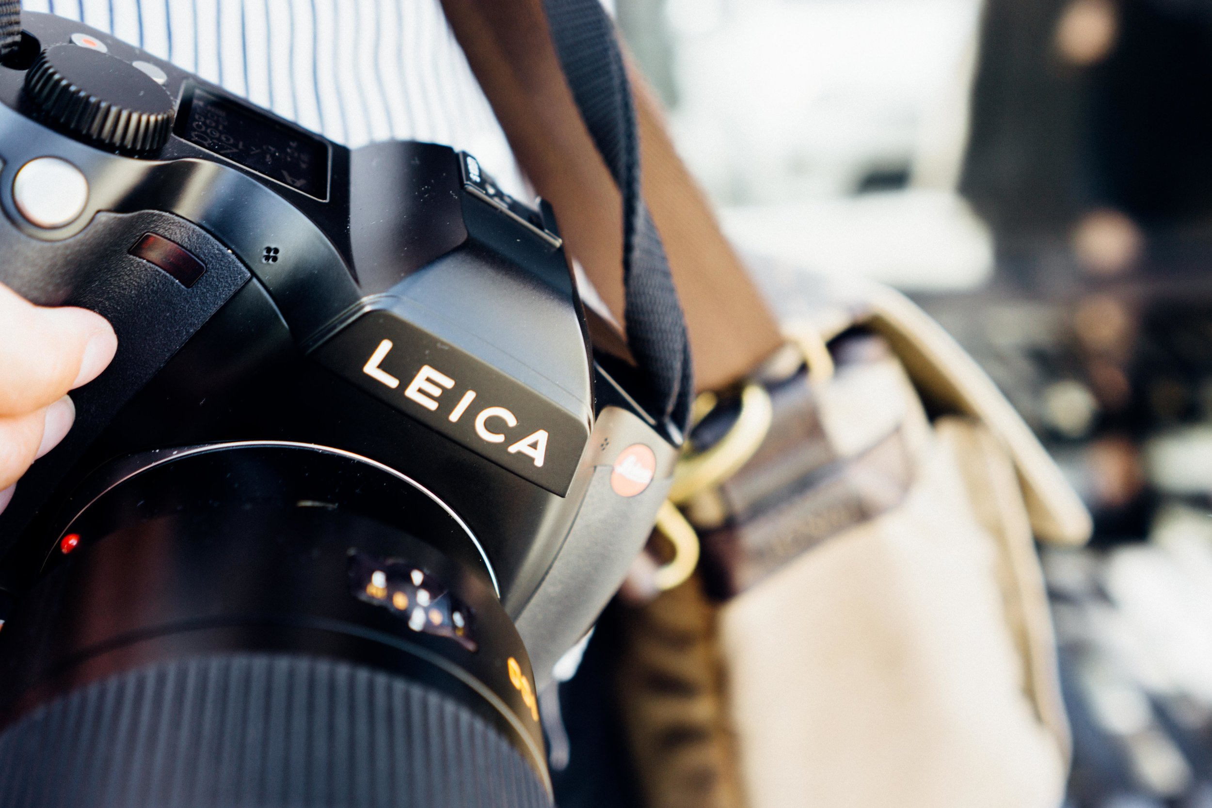 Leica S Medium format - When a classic becomes more than just a digital camera you get the Leica S. A medium format power house of a camera with the iconic logo!