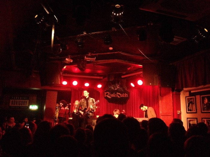 Hozier playing a gig at The Roisin Dubh in Jan 2014.