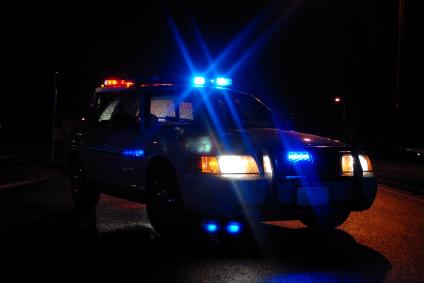 Police-car-at-night.jpg