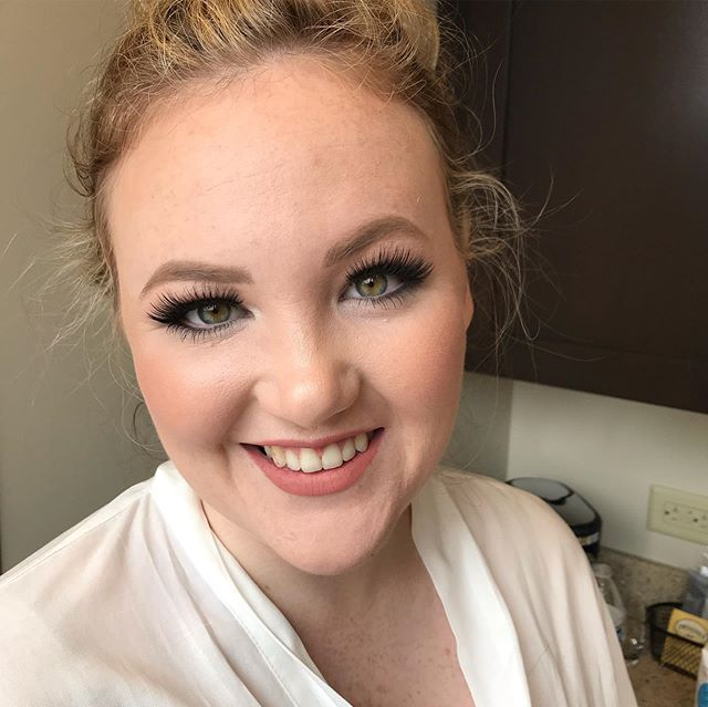 Brooke was such a beautiful bride, loved these full and flirty lashes!