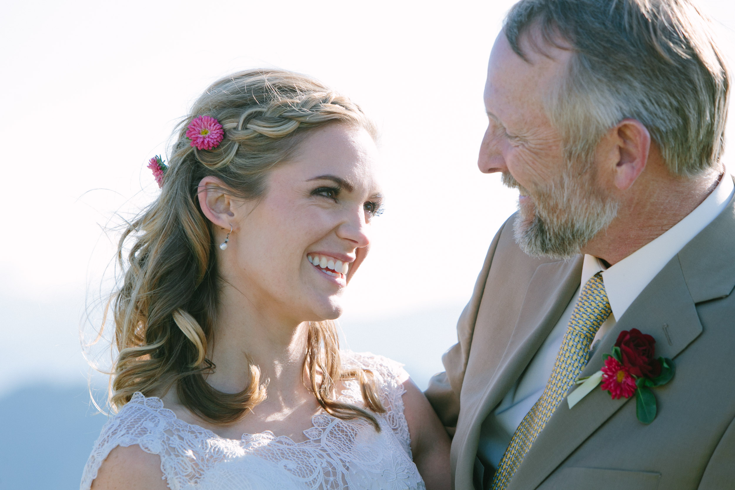 007_The best wedding photography from Jackson Hole, Wyoming and beyond by photographer Hannah Hardaway-2.jpg