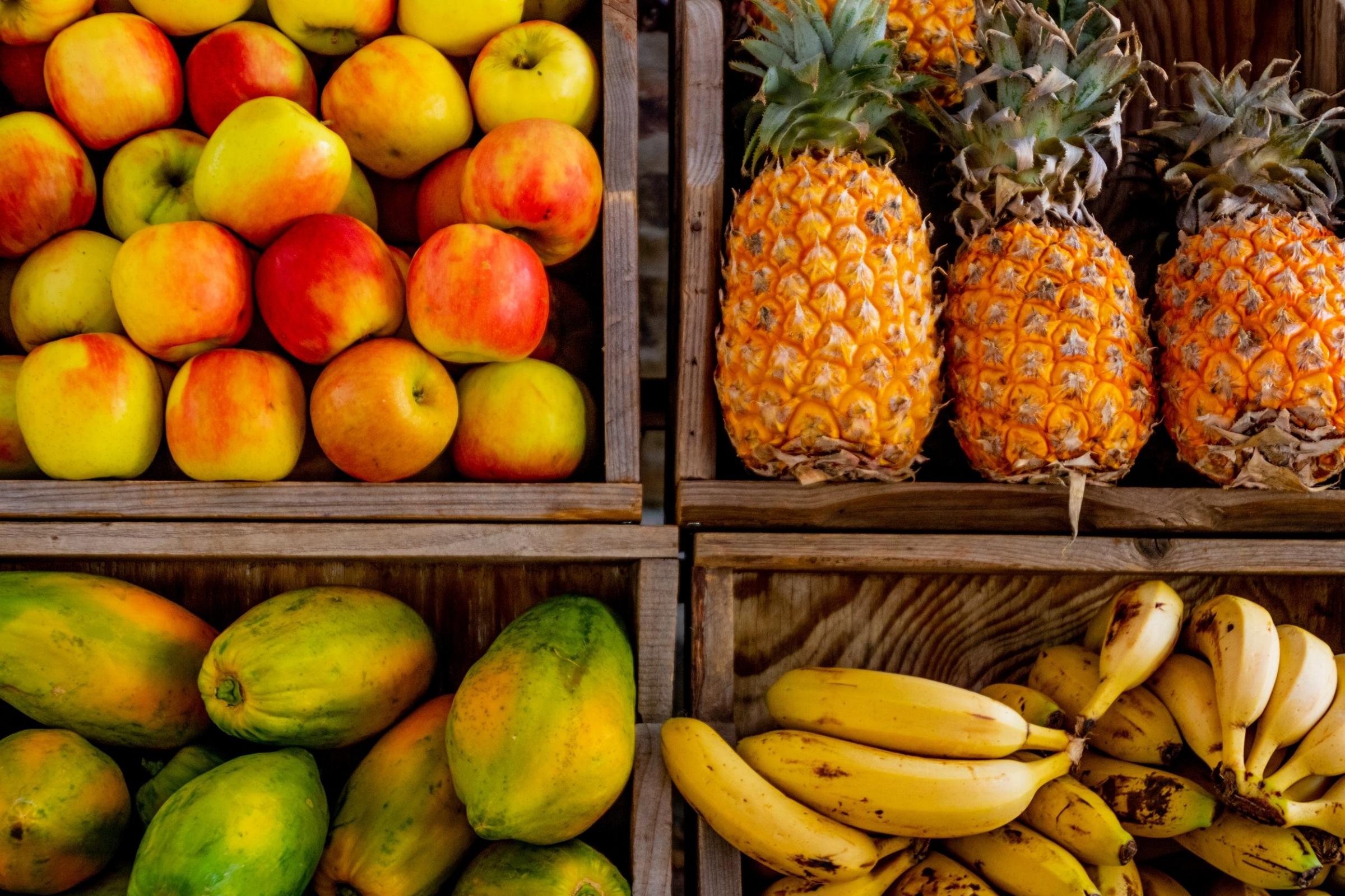 abundance-apples-bananas-1300975.jpg