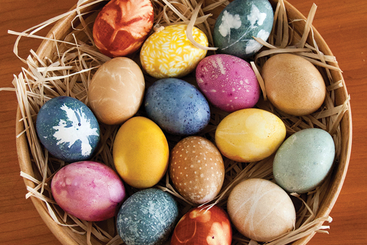 Naturally_Dyed_Eggs.jpg