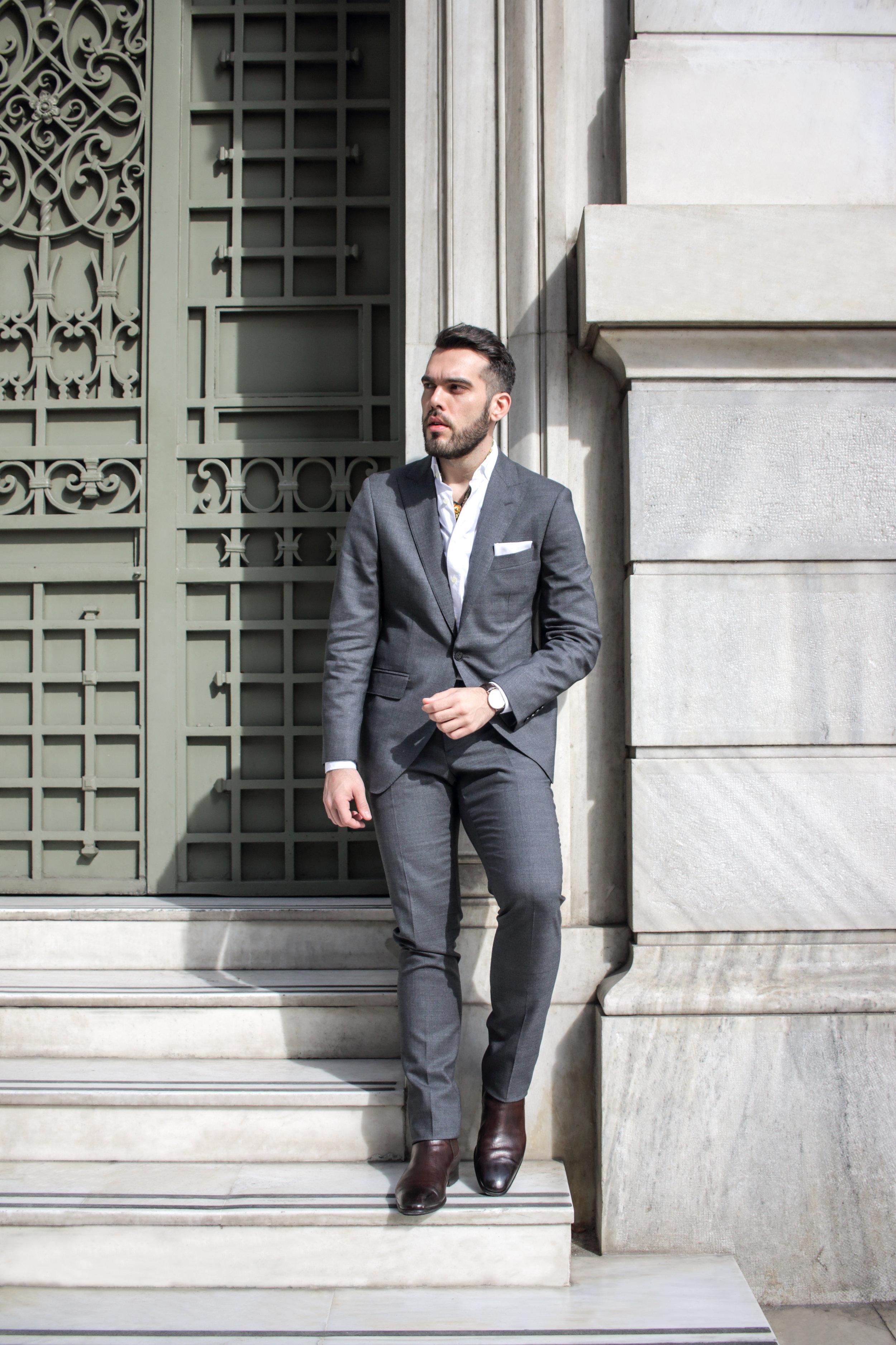 Suit: Hackett London / Shirt: Hackett London / Scarf: Personal Collection / Shoes: Personal Collection