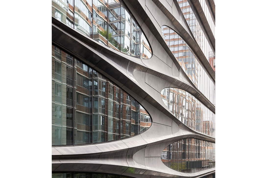 zaha-hadid-architects-completes-520-west-28th-new-york-project-04.jpg