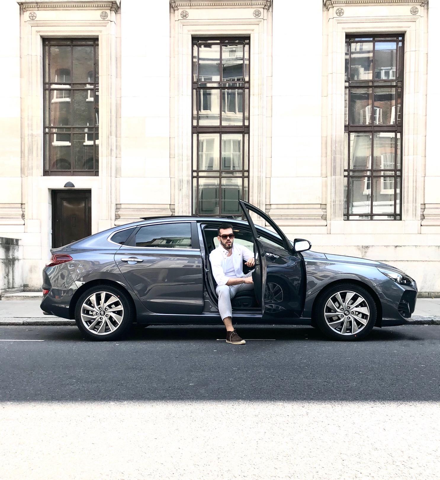 Hyundai i30 fastback.jpg