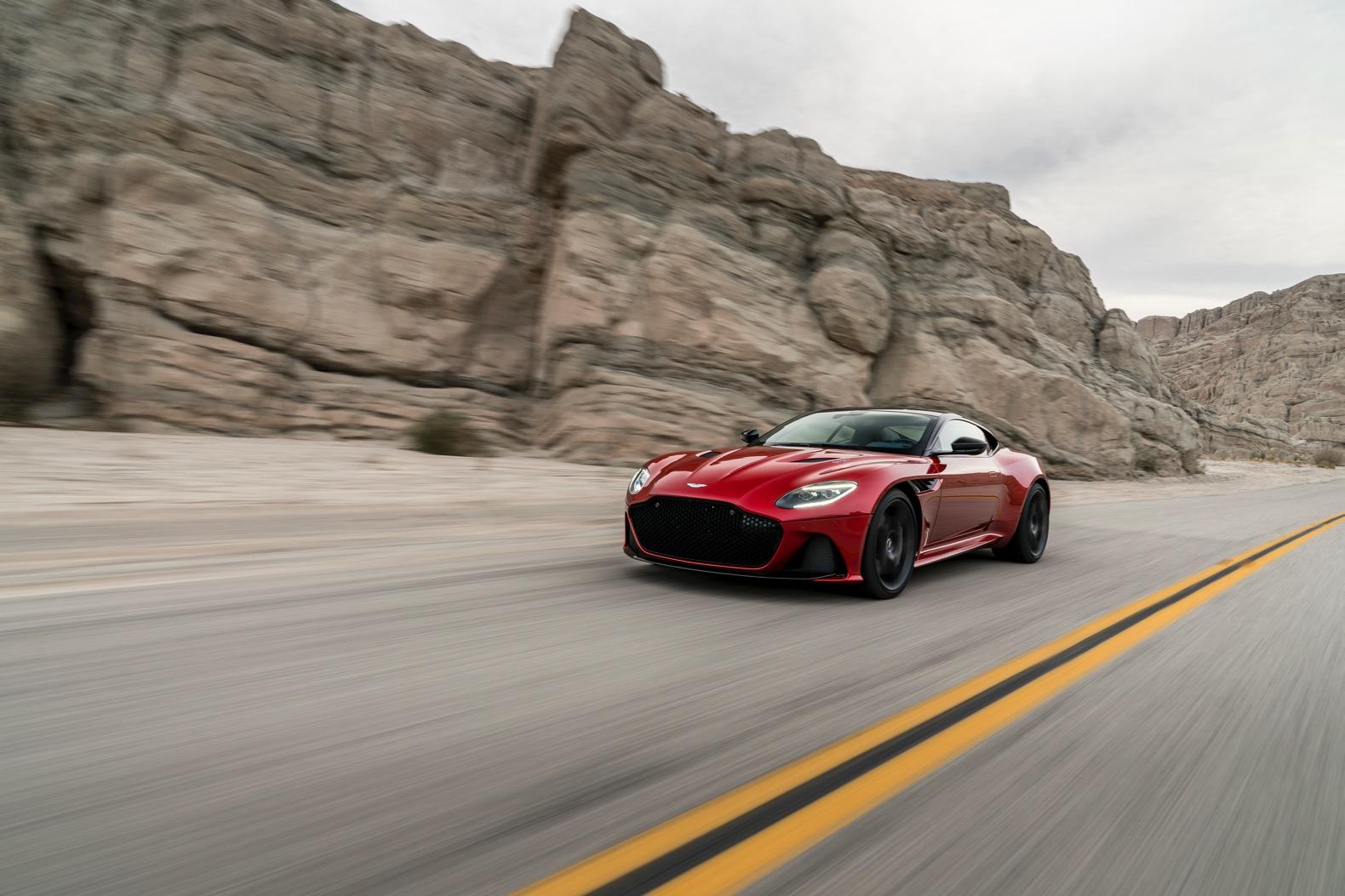2019-Aston-Martin-DBS-Superleggera-0006.jpg