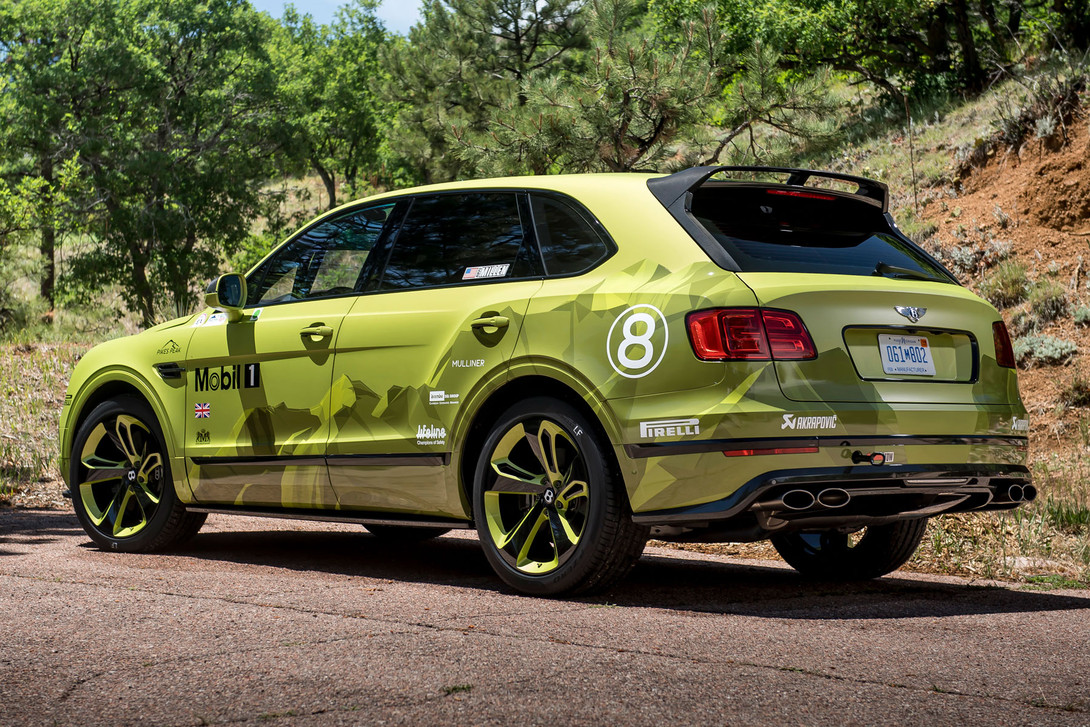 https_%2F%2Fhypebeast.com%2Fimage%2F2018%2F06%2Fbentley-bentayga-pikes-peak-limited-edition-004.jpg