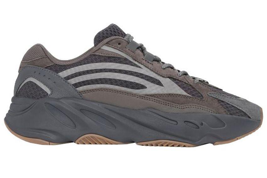 03-23-adidas-yeezy-boost-700-v2-22geode-22-1557521474.jpg