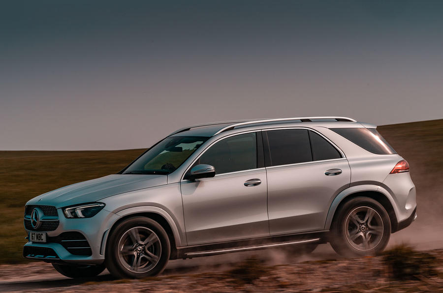2-mercedes-gle-400d-2019-uk-fd-hero-side.jpg