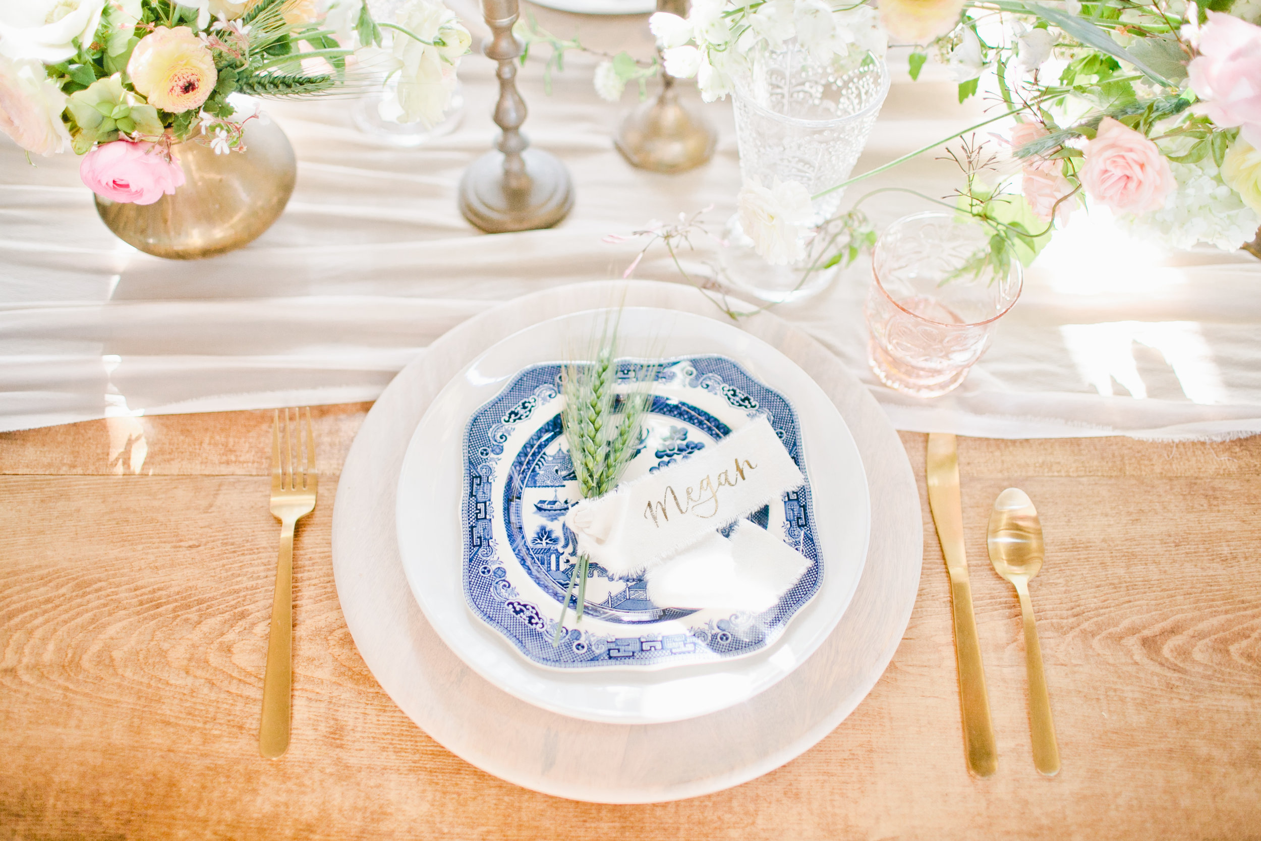 Soft & Natural Wedding Inspiration in a Wheat Field
