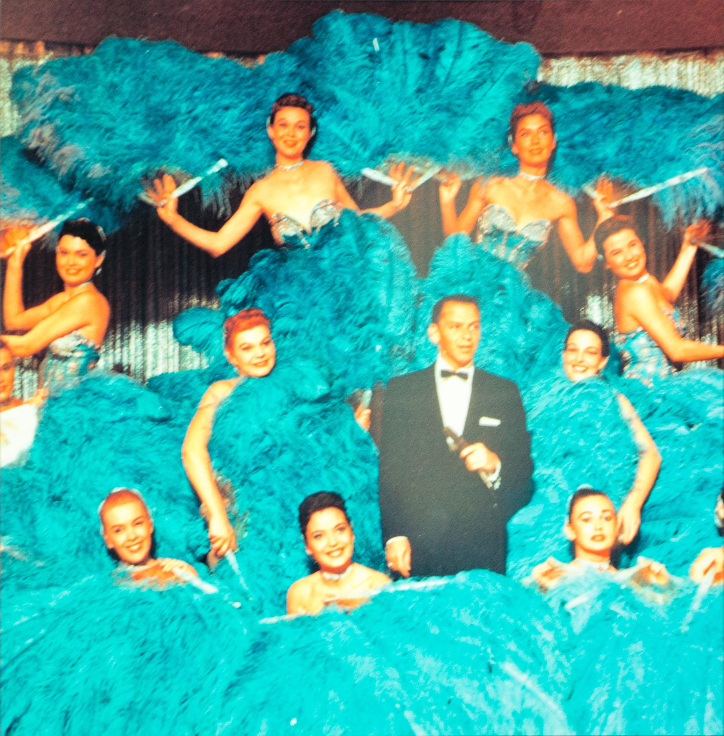 Frank Sinatra & chorus line girls