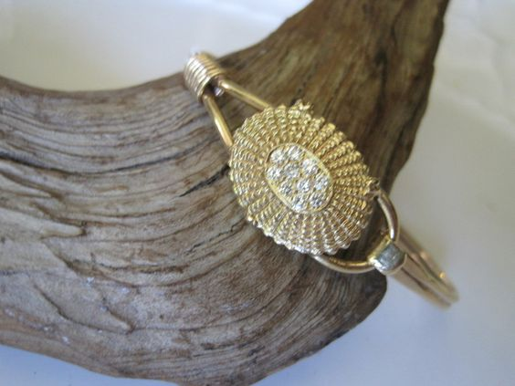 14k Gold Handmade Nantucket Basket Top Bracelet set with 1 carat of Diamonds