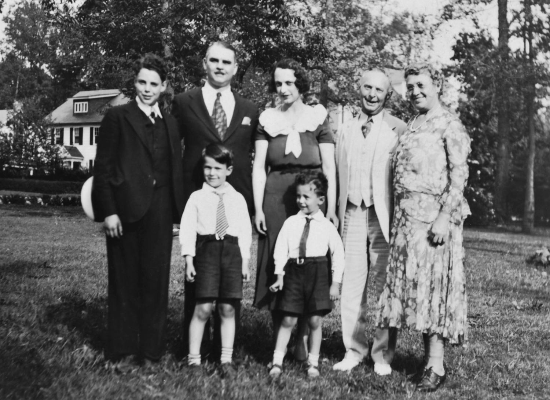 Doug, Harry, Kathryn, Leon, Bessie, Buddy and Richard