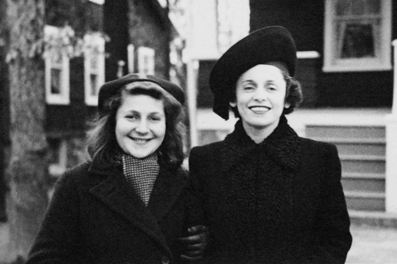 Anne and Sylvia Fall 1938a.jpg
