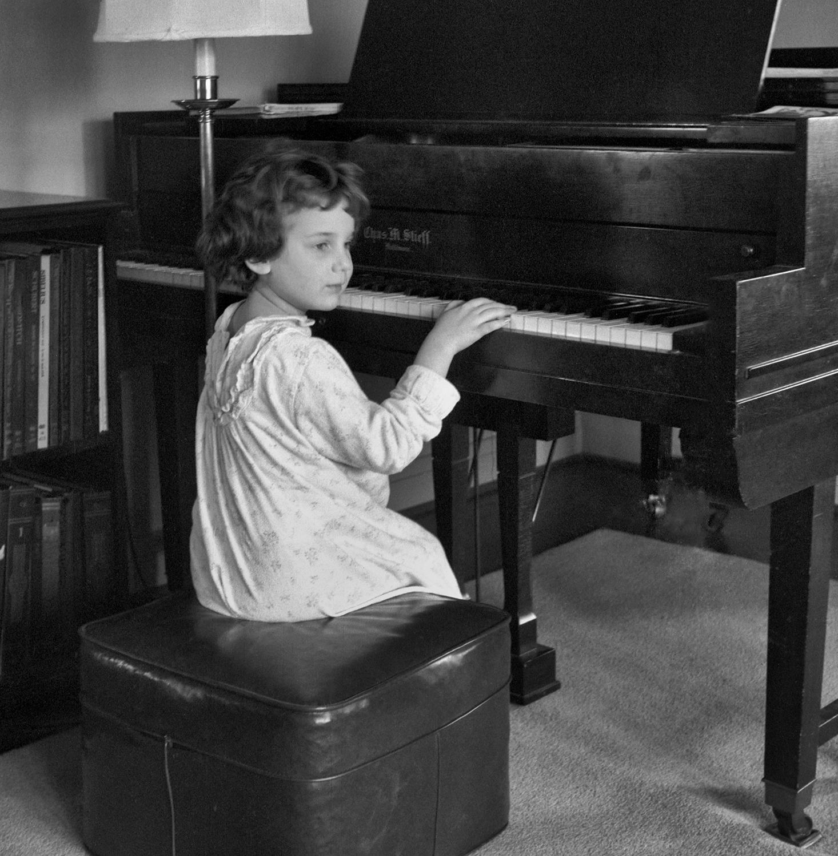 Sally at the Piano 2 (neg) (2) ps.jpg