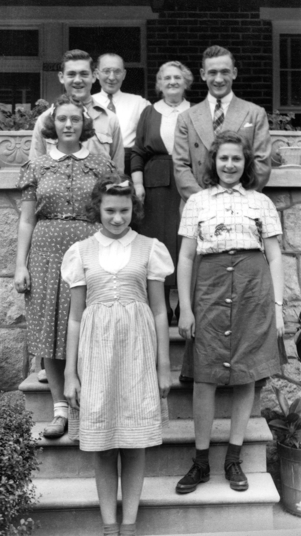 Hyman and Dora Adalman with their grandchildren: Melvin, Bernard, Lillian, Lillian and Anne