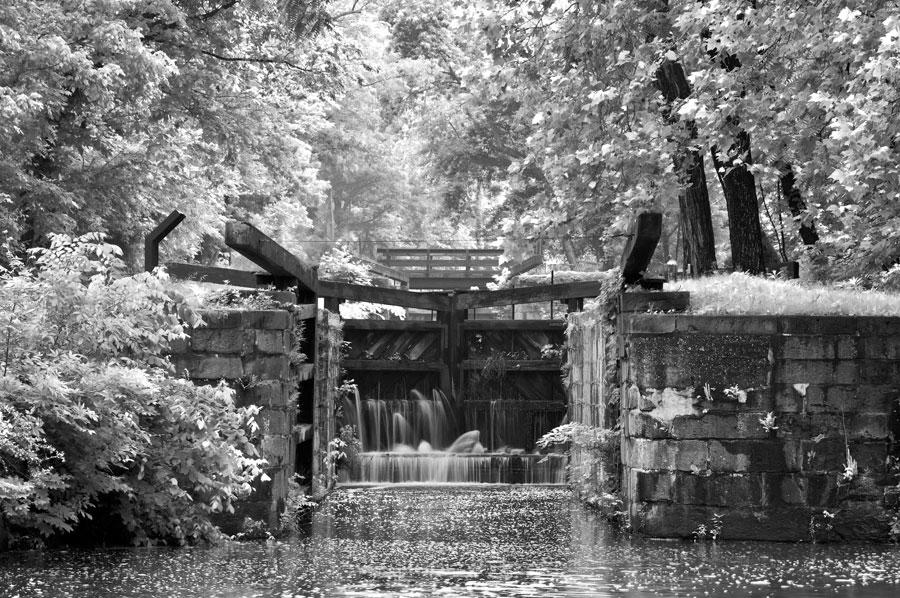 Lock 19 in Summer, American Landscapes 2009