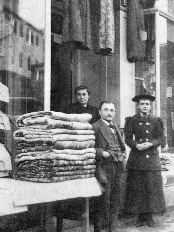 Noah Gottlieb in front of his store in Havre de Grace
