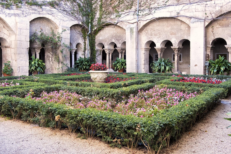 St. Paul de Mausole Asylum, October Morning