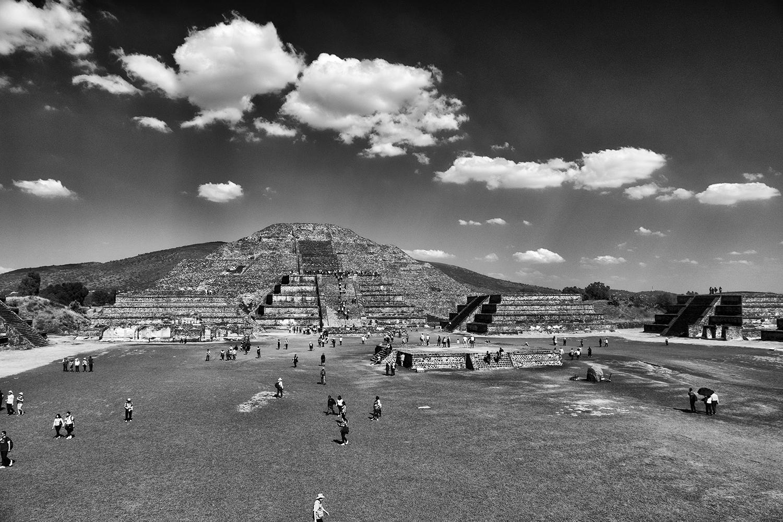 Piramide de la Luna, Teotihuacan, Mexico