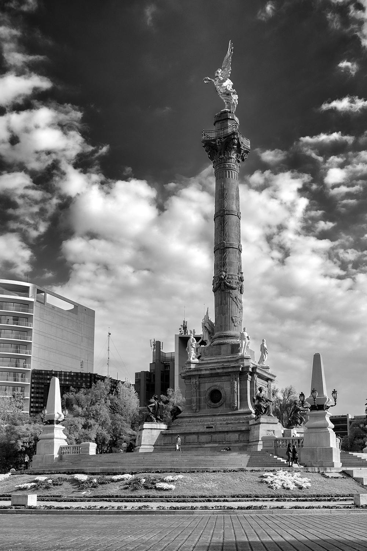 El Angel de la Independencia, Mexico City